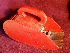 VINTAGE RED PAINT WOOD & METAL BERRY PICKER FINLAND FINNISH SCANDINAVIA