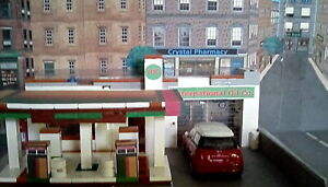 1/48 O scale 3D buildings with mural back ground, interiors & LED lighting
