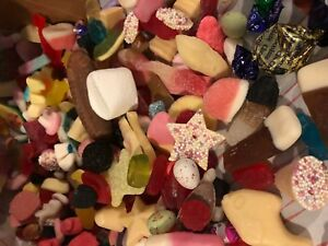 Large 1.2kg Pick n Mix Sweets & Chocolates Box - Large Mix of Sweets & Chocolate