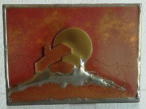 Etui à boite d'allumettes travail d'Artiste signé Vintage en cuivre et laiton