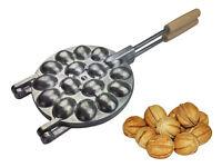 Grande Gaufrier En Métal Sur Les Feu Appareil Pour Biscuits En Forme De Noix