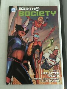 DC New 52 Earth 2 Two Society Vol. 4. Life After Death TPB Paperback Hawkgirl