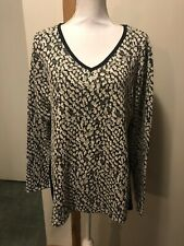 Motherhood Maternity Xl Animal Print Knit Shirt