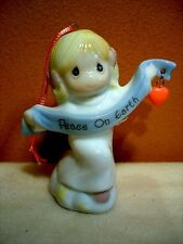 1998 Avon Precious Moments Angel Ornament Peace on Earth New In Box-Free Ship