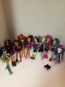 Huge Monster High Doll Lot 10 Monster High Dolls,Extra Clothes, Shoes & Acc.