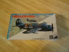 Mpc 1/72 Scale Helldiver Wwii Airplane Model Kit w/ Display Stand (Sealed)
