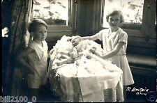 Belgique . Roi des Belges . les enfant Royaux. photo R.Lonthie . 1934