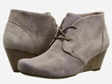 Clarks Size 5 Grey Suede Low Wedge Ankle Boots