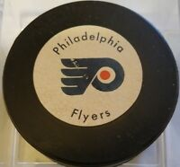 Vintage 1970's PHILADELPHIA FLYERS Puck Rawlings Canada RUBBER BILTRITE NHL