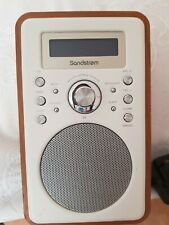 SANDSTROM  WOODEN S6VDAB12 DAB/FM PORTABLE DESKTOP RADIO WITH ALARM CLOCK