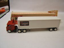 Winross Scheduled Truckways Inc. White 7000 Tractor w/ Van Reefer 1984 VGC boxed