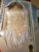 1987 Venus Wedding Dress