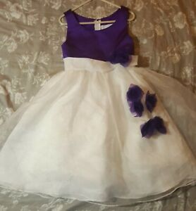Alfred Angelo Purple and White Flower Girl Dress Size 5