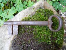 Ancienne clef clé en fer forgé avant XVIIe ? Antique Iron key 14 cm