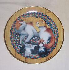 ~~ FRANKLIN MINT COLLECTORS CAT PLATE ~~ SNUG IN A RUG BY TIM MacCOMLIN