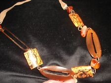 UNUSUAL NECKLACE AMBER TONES POLISHED STONES & MARBLED BEAD BRASS LINK CORD
