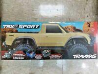 Traxxas 82024-4 TRX-4 Sport 1/10 Scale Trail Rock Crawler Tan Brand New!!