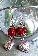 schöne  Ohrringe Erdbeere Erdbeeren am Ohr mit großer roter Strass Perle Silber