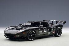 1/18 AUTOart  Ford GT LM Spec II Test Car Carbon Black + kostenlose Vitrine dazu