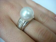 18K WHITE GOLD LARGE 12.25 MM GENUINE PEARL AND 1 CT VS BAGUETTE DIAMONDS RING