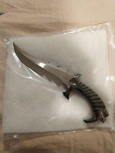 Raptor Fantasy Fighter Gil Hibben Knives