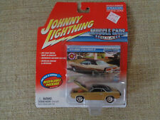 1970 DODGE CHALLENGER RT 1/64  #34 2004 JOHNNY LIGHTNING MUSCLE CARS U.S.A.