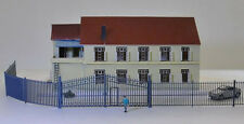GY46150 Model Train Railway Building Fence Wall with Door 1:150 N Scale New