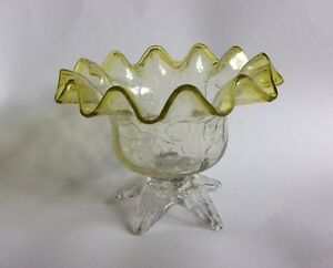 Vintage Clear Crackle Glass Bowl With Light Green Frilled Rim  # 127