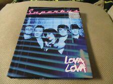 "COFFRET COLLECTOR CD + DVD-LIVRE ""SUPERBUS : LOVA LOVA"""