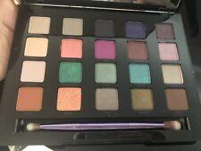 Urban Decay Vice Eyeshadow Palette Green Nude Blue Pink Purple Brown