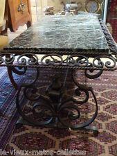 table basse en fer forgé et dessus marbre année 60 haut 49 larg 105 prof 60 cm