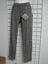 BeBop Size Junior 7 Gray Animal Print Jeans in Skinny Fit New with Tags!!!