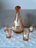 Vintage Peach Glass Decanter And 4 Shot Glasses With Hunting Scene 1950's French