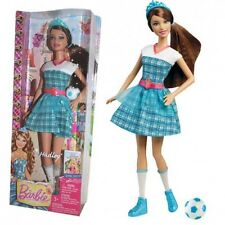 Barbie - Princess Charm School - Doll Schoolgirl Hadley