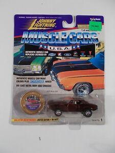 Johnny Lightning 1/64 Muscle Cars USA 1969 Pontiac Firebird
