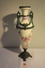 C59 Magnifique vase avec ornement en zinguale style romantique