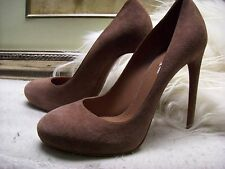 Authentic Azzedine Alaia Suede Court Pump Heel  Celebrity Shoes Size 40