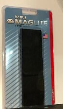 MINI MAGLITE 2-CELL AA FLASHLIGHT FULL FLAP BLACK NYLON BELT HOLSTER BRAND NEW !