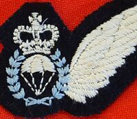 AUSTRALIAN DEFENCE FORCES PARACHUTE JUMP INSTRUCTOR UNIFORM QUALIFICATION PATCH