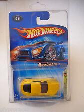 Hot Wheels 2005 First Editions Realistix 11 / 20 Aston Martin V8 Vantage Yellow