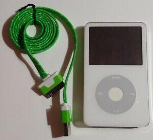 Apple iPod Classic 5th Generation 30GB White MP3 Player A1136 - READ DESCRIPTION