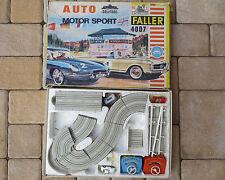 Faller 4007 -- Komplettpackung Solitude mit Mercedes 230 und Porsche 356  !