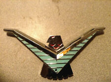 1984 Ford Thunderbird Chrome Grille emblem Black Inset e4sb-6328032-ab