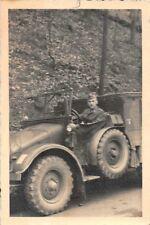 Soldat mit LKW Krupp Protze Krupp L2 H 143