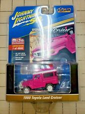 Johnny Lightning Toyota Land Cruiser Hot Pink Classic Gold Collec. Mijo JLCP7208