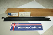 Mercedes Benz C Class W203 Panoramic Roof Seal Right Hand Side A 2037801240