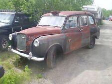 Austin Taxi cab 1960's London jump seats 4 cyl diesel RHD rat rod? patina COOL!!