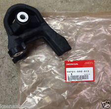 Genuine OEM Honda CR-V Element Rear Differential Rubber Mount