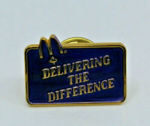 McDonalds Canada Delivering The Difference Employee Crew Pinback Pin Button
