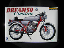HONDA Dream 50 CUSTOM KIT * * * Aoshima scala 1:12 * OVP * NUOVO